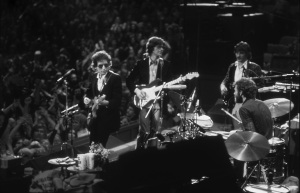 02_Bob_Dylan_&_The_Band_1974